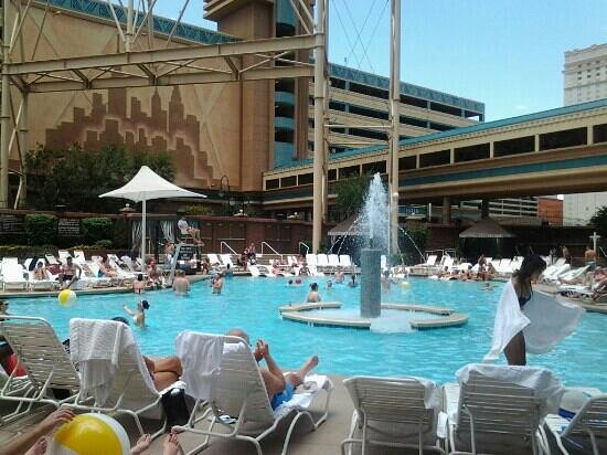 la piscina  Picture of New York  New York Hotel and Casino Las Vegas  TripAdvisor
