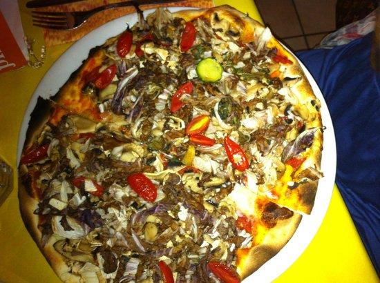 Pizza con le verdure fai da te  Foto di Conca Verde