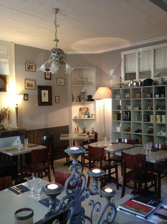 Un Air De Famille Restaurant : famille, restaurant, Intérieur, Picture, Famille,, Saint, Martin, Tripadvisor