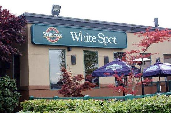 Family Restaurants Near Metrotown