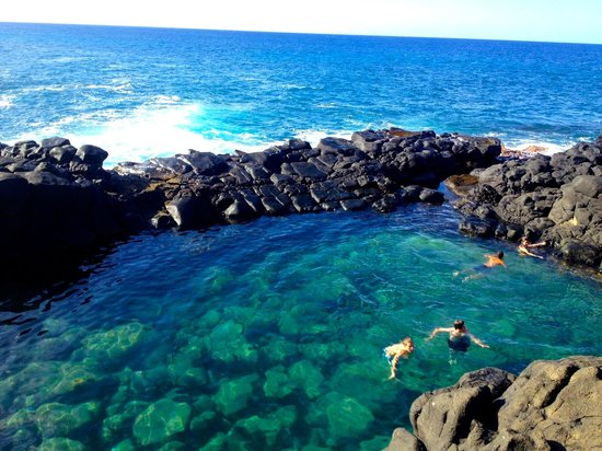 Queens Bath Hawaii