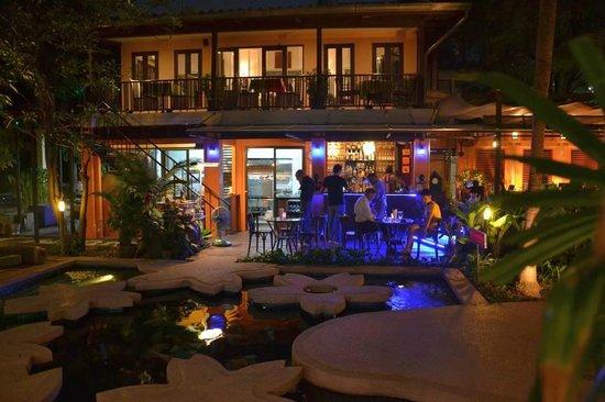 Cabana Garden 2 - Cabana Garden Restaurant, Bangkok fényképe ...
