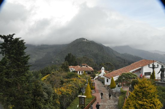 iluminacion navidea  Picture of Mount Monserrate Bogota