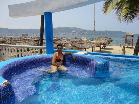 Piscina  Picture of Krystal Beach Acapulco Acapulco