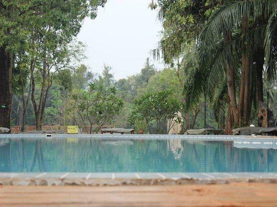 Blick Uber Den Pool Picture Of Pung Waan Resort Spa Kwai