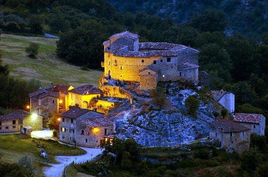 CASTEL DI LUCO Hotel Reviews Acquasanta Terme Italy
