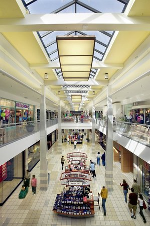 St Clair Mall Stores : clair, stores, Clair, Square, Picture, Square,, Fairview, Heights, Tripadvisor