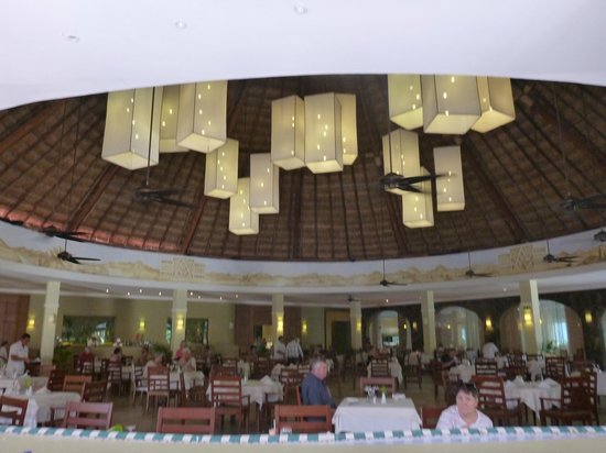 Le March Picture Of Valentin Imperial Riviera Maya