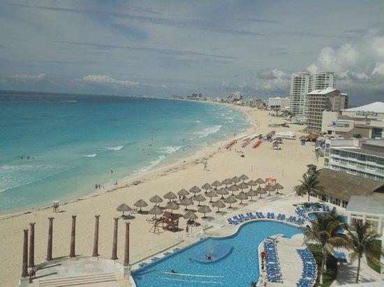 Piscinapraia fotografa de Krystal Cancun Cancn