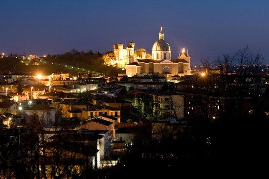 Vista notturna Foto Atelier Fotogek  Picture of Montichiari Province of Brescia  TripAdvisor