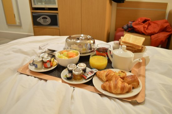 sofa bed uk cheapest mattress pad for continental breakfast - picture of novotel cardiff centre ...
