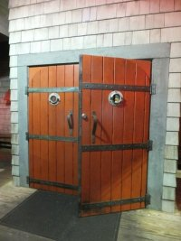 Cool front doors - Picture of Uncle Bubba's Oyster House ...
