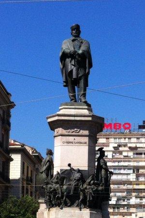 Statua Di Garibaldi Napoli AGGIORNATO 2019  tutto