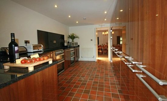 Merrymeet Kitchen Picture Of Party Houses Macclesfield Tripadvisor