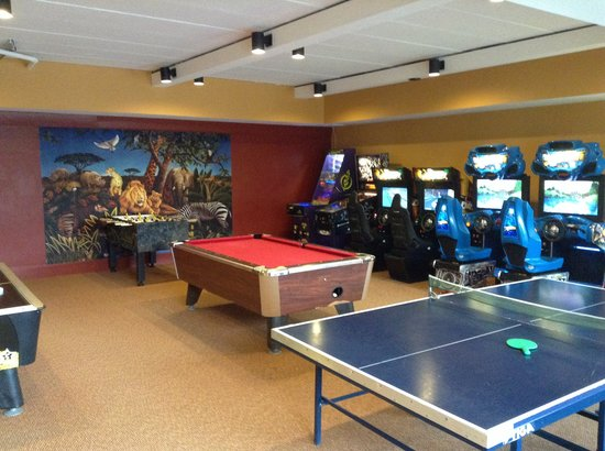 Awesome Game Room  Picture of InnSeason Resorts Pollard