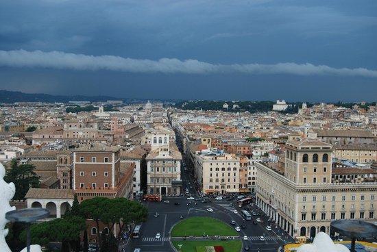 Piazza Venezia vista do terrao do Vittorio Emanuele  Picture of Roma dal Cielo Terrazza delle