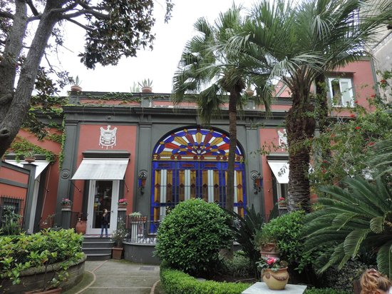 Jardin Picture Of Hotel Costantinopoli 104 Naples