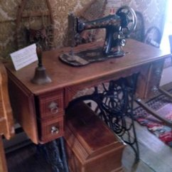 Antique Sewing Chair Ikea Antilop High Machine Organ Picture Of Kauffman House Museum