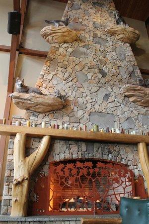 first floor of fireplace loft suite