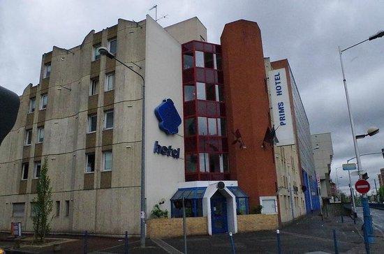 Prims Hotel La Courneuve France Voir Les Tarifs Et