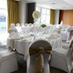 Chair Cover Hire Ellesmere Port Design Architects Mercer Suite Set For A Wedding Picture Of Holiday Inn Cheshire Oaks