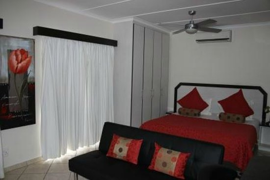 Aircon Dstv Free Uncapped Wi Fi Picture Of Seagull Lodge