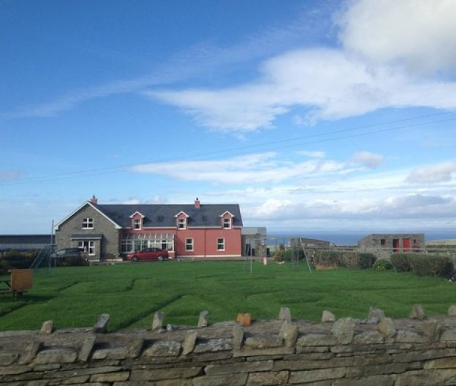 Beautiful Doonagore Farmhouse October