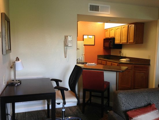 Kitchen Picture Of Staybridge Suites Dulles Herndon