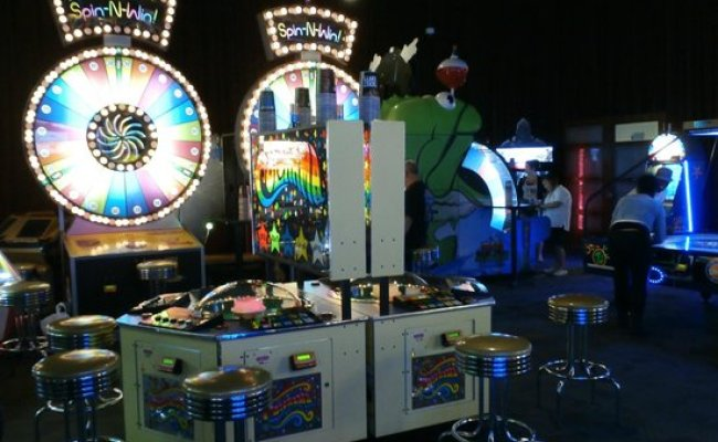 Games Picture Of Dave Buster S Oklahoma City