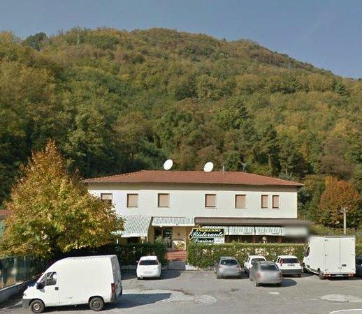 La Terrazza Pizzeria Borgo a Mozzano  Restaurant Bewertungen Telefonnummer  Fotos  TripAdvisor