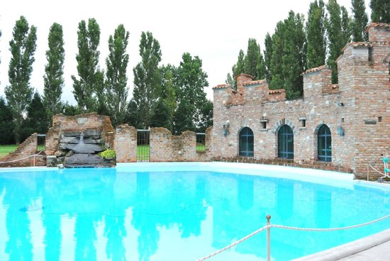 piscina  Foto di Il Tenchio Casirate Olona  TripAdvisor