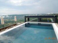 Pool auf dem Turm  Bild von Mawell Resort, Langenburg ...
