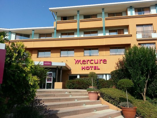 Hotel Entrance Picture Of Mercure Toulouse Aeroport Golf