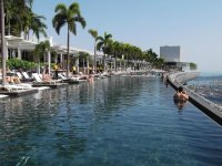 Infinity Pool at MBS - Picture of Marina Bay Sands ...