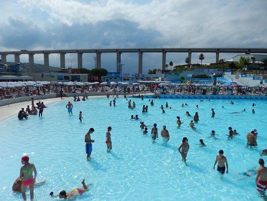 onda blu  piscina onde  Picture of Acquapark Onda Blu Tortoreto  TripAdvisor