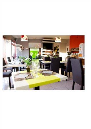 Restaurant Picture Of Hotel Kyriad Marseille Ouest