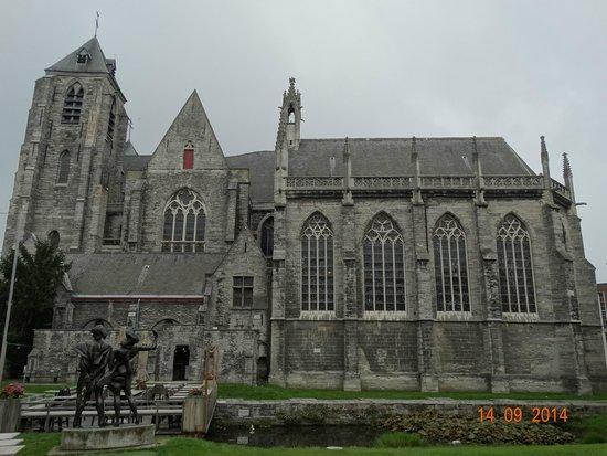Eglise NotreDame OnzeLieveVrouwekerk  Picture of