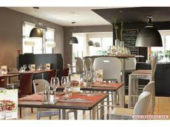 Restaurant Picture Of Campanile Colmar Aeroport Restaurant