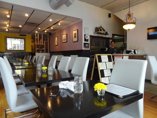 Inside ATK  Bild von Andys Thai Kitchen Chicago