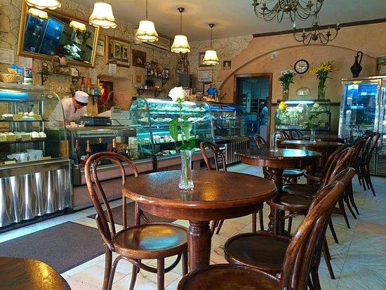 Cofetarie La Vatra Ardealului Brasov  Ristorante Recensioni Numero di Telefono  Foto  TripAdvisor