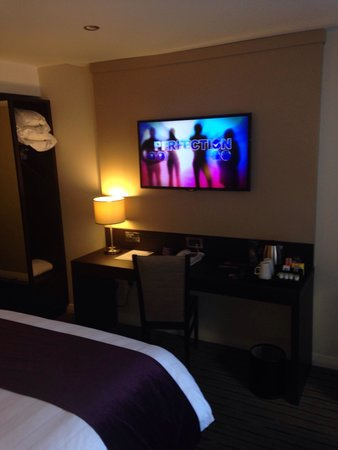 tv in bedroom - picture of premier inn liverpool city centre