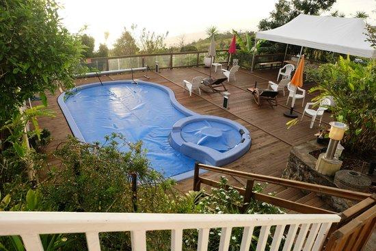 Terrasse avec piscinejacuzzi  Picture of Belvedere de la Gospa Trois Bassins  TripAdvisor
