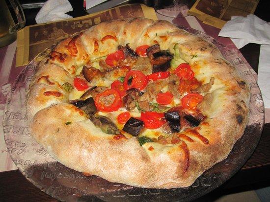 Bab napoletano gigante alla crema  Picture of Pizzeria La Terrazza Mediglia  TripAdvisor