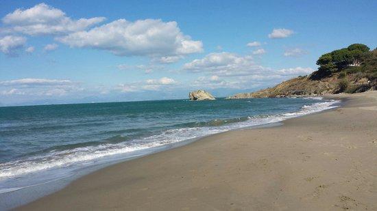 Spiaggia trentova  Foto di Baia di Trentova Agropoli