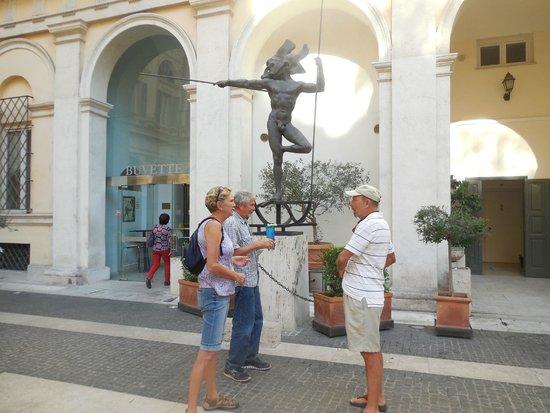La Colonna Traiana Dalle Domus Di Palazzo Valentini Bild