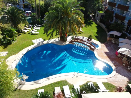 Monica Hotel Pool Im Garten