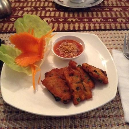 pad krapow chicken with