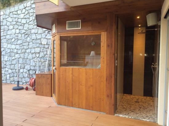 Sauna Auf Der Terrasse Photo De Quellenhof Sport & Wellness