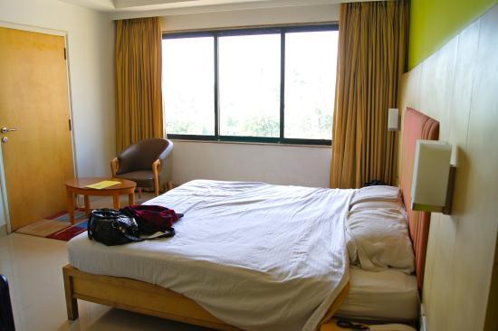 Dirty Review Of Hotel Ajanta Mumbai India Tripadvisor