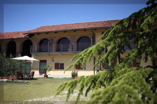 Azienda Agrituristica Buttieri Giuseppe Cherasco Italie